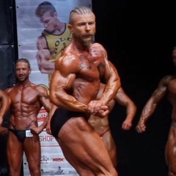Helmut Hümmer trainiert im Fitness On Top in Bamberg